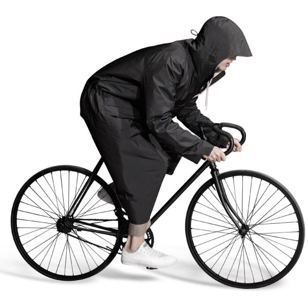 Senscommon all-commute overcoat Breathable overcoat for daily commuting.    waterproof yet breathable seated position adapted snaps around legs protectively clear peripheral vision hood forward fitted sleeves black reflective elbow patch large, easy-to-use pockets ultralight, packable entirely seam-taped  Teflon coated, dirt repellent 57% Nylon 43% PE Made in Europe.