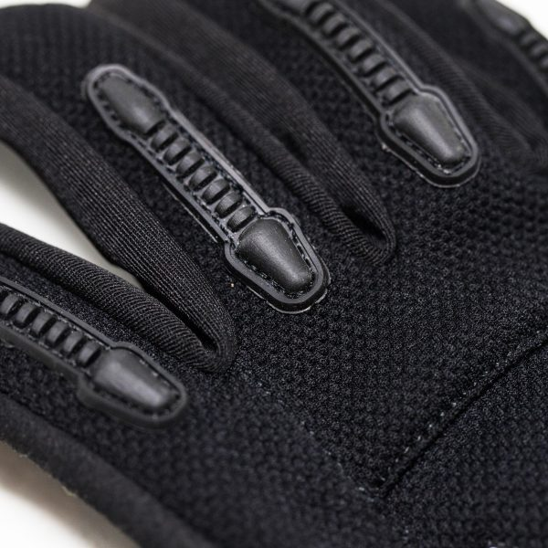Flatland 3D Pro full finger e-skate gloves Only a few left in stock of size XS. Other sizes not in stock. See the new fingerless for all sizes.  Flatland3D and Knox are back to bring you the world's most advanced glove designed specifically for electric skateboarding. The Pro E-Skate Glove features Knox's new Scaphoid Protection System (SPS) with Micro-Lock impact foam, and a new Uni-directional Flexible Wrist Plate. It's a full fingered glove, but the thumb and first two fingers have flexible lycra and silicone grips for maximum sensitivity and control of your remote. The Pro E-Skate Glove offers the most advanced protection from a glove, without sacrificing safe and comfortable use of your e-skate remote.