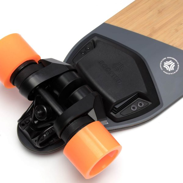 Boosted Boards Plus (Refurbished) Boosted Plus is a new take on the classic longboard with refinements in all the right places. The deck sports a wider waist for increased stability and maneuverability, improved vibration dampening, and a fine-tuned flex. One ride and you'll see how far we've come. The two belt motors with a combined power of 2.000 Watts get you up to 35 km/h. And the removable battery is good for about 22 kilometers range.      This refurbished model has been cleaned and checked by Boosted Boards themselves, and you can expect the same quality and performance as a new one.